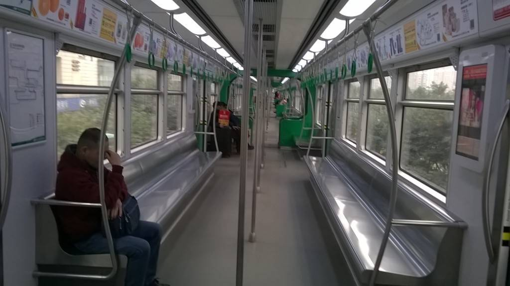 单轨列车车厢