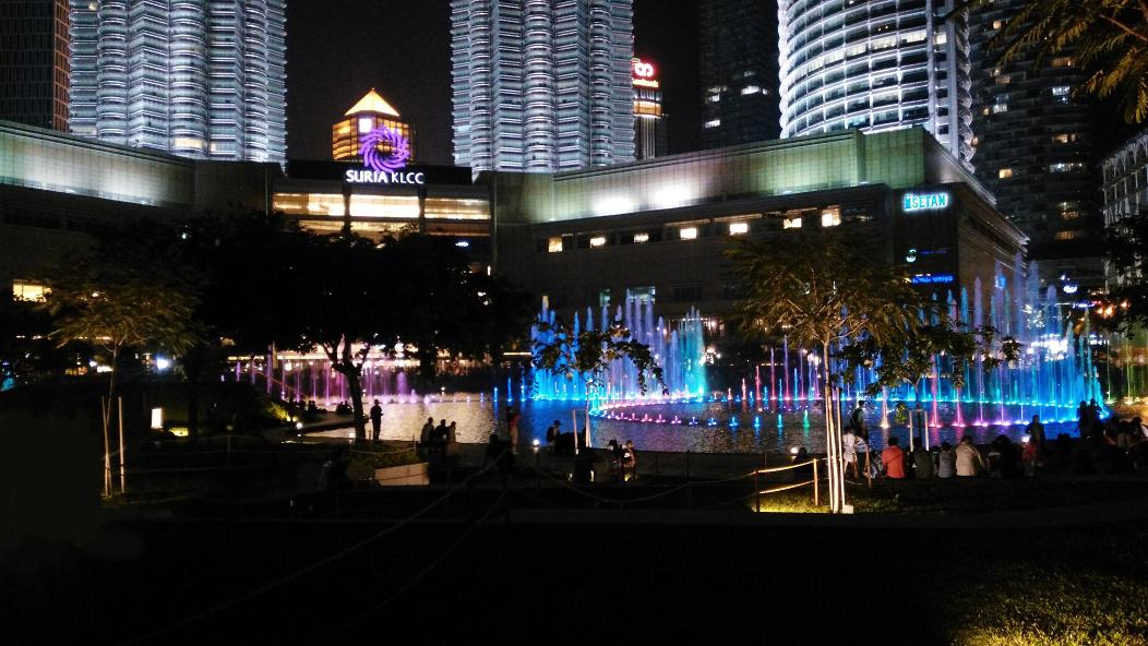 双子塔喷泉